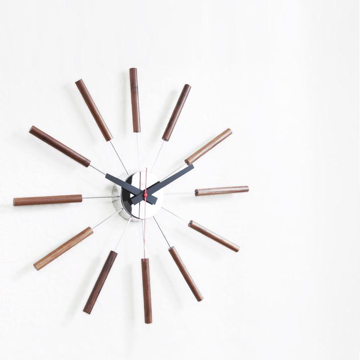 TK-2048 Atras Clock 2